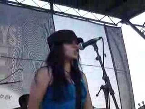 Miracle Dolls - Lights On You (Clip) @ Pomona WT 2008