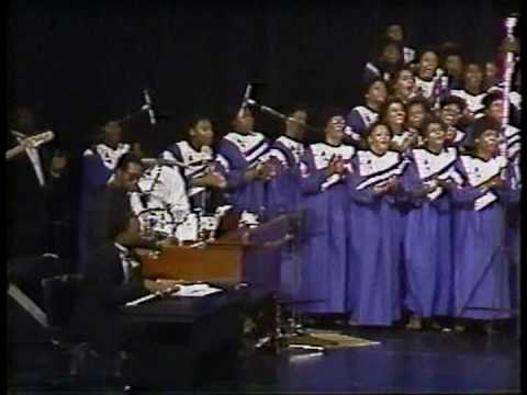 "Mississippi Mass Choir ""I`m Pressing On"""