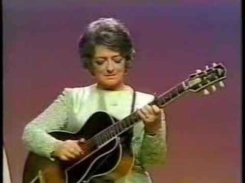 Mother Maybelle Carter - Wildwood Flower