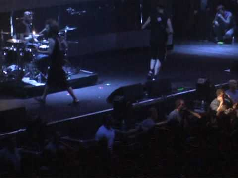 Killswitch Engage - My Last Serenade - Live In Lowell, MA @ Tsongas Arena - April 15th, 2009
