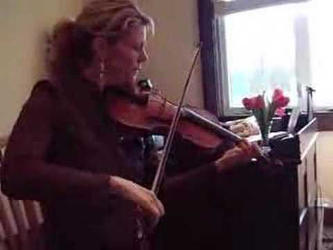 Natalie MacMaster Plays at Tune at Buddy MacMaster`s School