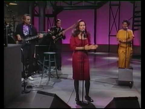 10000 Maniacs (Natalie Merchant) Trouble Me Live on US TV