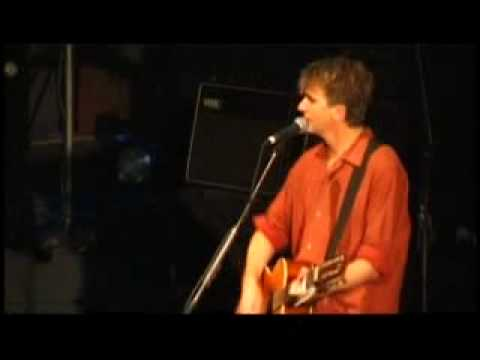 Neil Finn & Friends - Don`t Dream It`s Over
