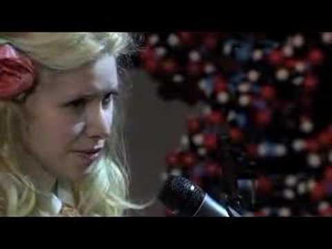 Nellie McKay - Clonie