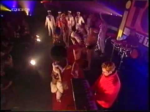"Top of the Pops - Pet Shop Boys ""New York City boy"""
