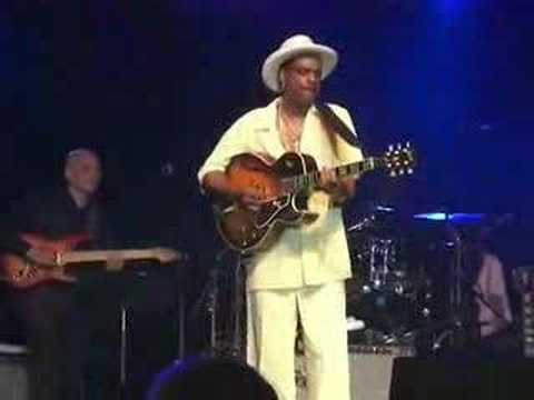 "Nick Colionne Plays ""Hurry Up This Way Again"""