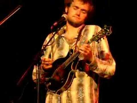 Chris Thile (of Nickel Creek) - Morning Bell (Radiohead)