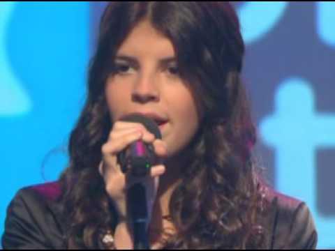 Nikki Yanofsky sings God Bless the Child