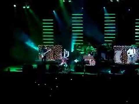 "The Killers ""Read My Mind"" at Not So Silent Night 2006"