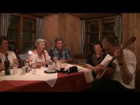 Almlied gesungen vom Oberhofer Vierg`sang