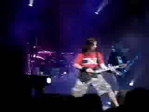 Lamb of God - Hourglass (Gigantour Montreal 2006)