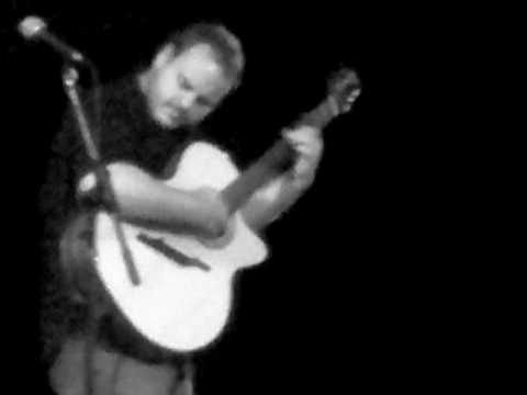 Andy Mckee - Never Grow Old [Live at The Union Chapel]