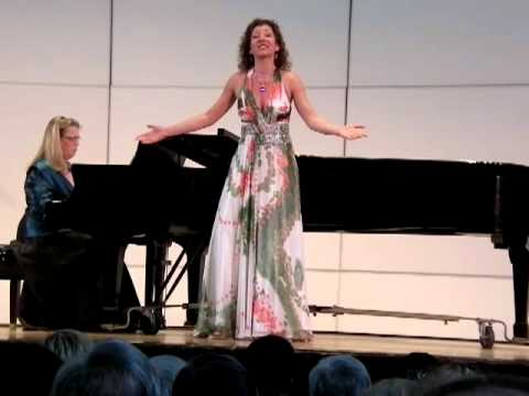Olga Ionova, Auf dem Wasser zu Singen