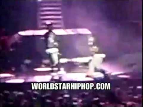 Lil` Wayne Slips And Falls On Stage!(Exclusive)