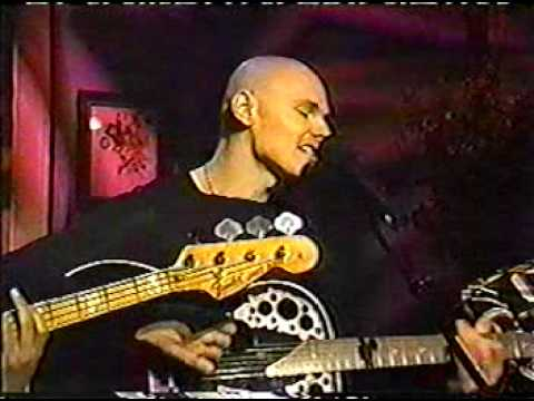 The Smashing Pumpkins - Perfect w/ int. (Regis & Kathy Lee)