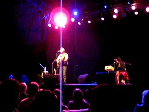 Open Wings Broken Strings Tour 012 Ed Kowalczyk.AVI