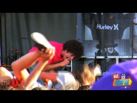"I Set My Friends On Fire - ""But The Nuns Are Watching..."" Live in HD! at Warped Tour `09"