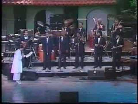 "Rene Lorente con la Orquesta Aragon,""Que le pasa a Bacallao"""