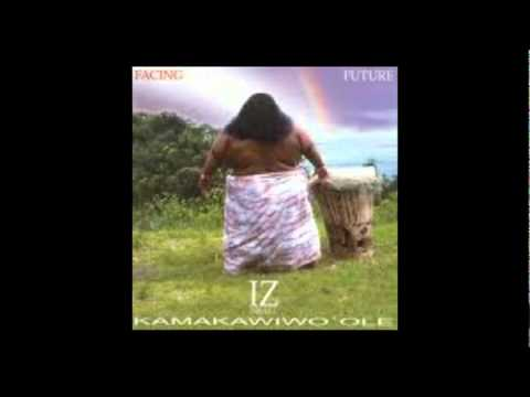 Israel Kamakawiwo`ole somewhere over the rainbow (Official Video)