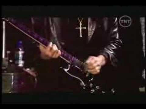 Iron Man - Black Sabbath (live at Ozzfest 2005)