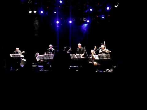 Romance del Diablo (Astor Piazzolla) - Gary Burton