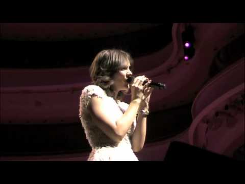 Katharine McPhee sings Lifetime