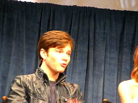 Chris Colfer (`Kurt`) audience prom question & cast of `GLEE` at Paley Fest (3/13/2010)