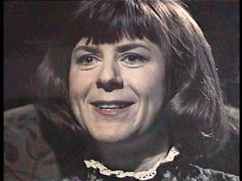 "Pam Ayres - ""Oh I Wish I`d Looked After Me Teeth"" - stereo"