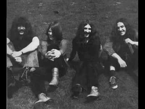 Black Sabbath - Behind the Wall of Sleep (Paris 1970)