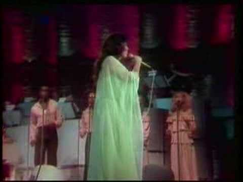 Loretta Lynn - You Ain`t Woman Enough (Live)