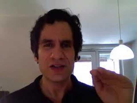 Seth Rudetsky Deconstructs Patti LuPone`s AMAZING voice