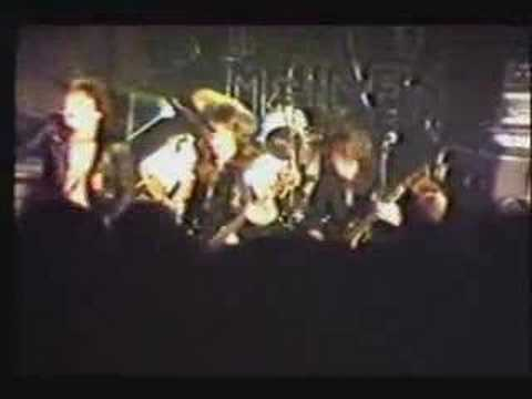 IRON MAIDEN SANCTUARY EARLY LIVE WITH NEAL KAY INTRO