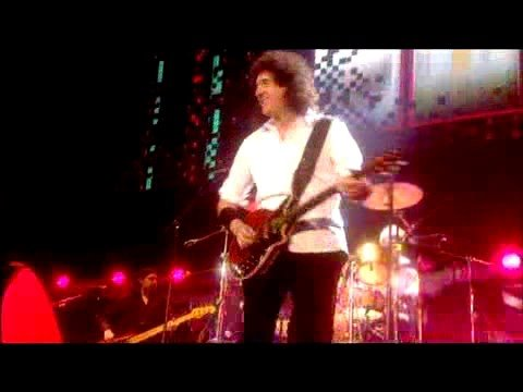 Queen + Paul Rodgers - `Cosmos Rockin`` (Live In Kharkov)