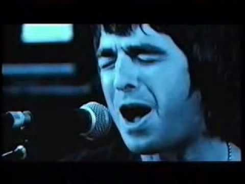 Noel Gallagher sings Paul Weller