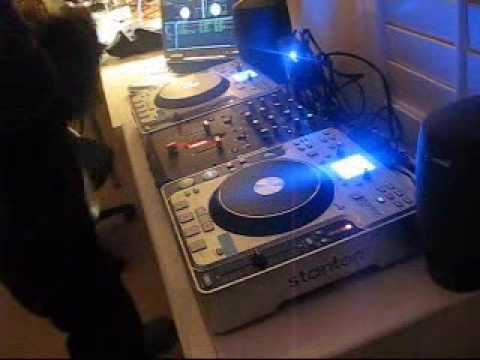 Hip-Hop DJ Mix with Underground & Old School: 4-3-2-What - Operated Stephen