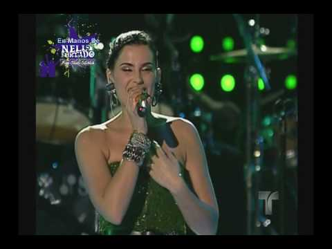 Nelly Furtado - Bajo Otra Luz / Say It Right [En Vivo @ Pepsi Super Bowl Fan Jam, Miami]