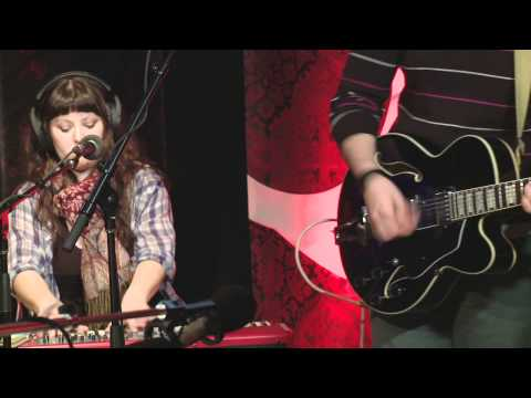Woodpigeon performs `And As The Ship Went Down You`d Never Looked Finer` live in Studio Q.