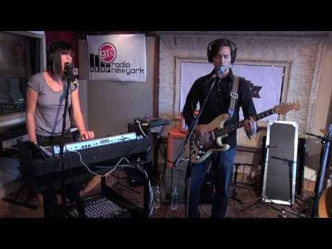 Phantogram - Let Me Go (Live on KEXP)
