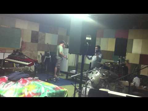 Gilly sings Kokomo