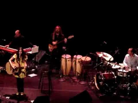 """Far far"" Live! - Yael Naim (great quality)"