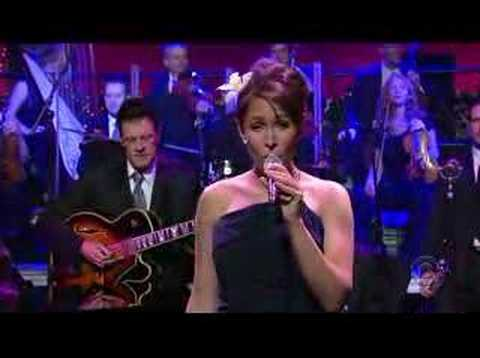 "Pink Martini ""Hey Eugene"" on David Letterman - 6.14.07"