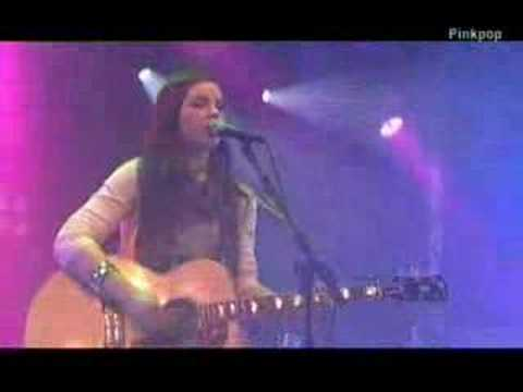 amy macdonald-this is the life@pinkpop 2008
