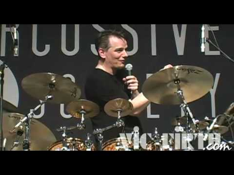 "Gavin Harrison at PASIC 2008: Double bass ""patterns"" in odd meter feels, Q & A"