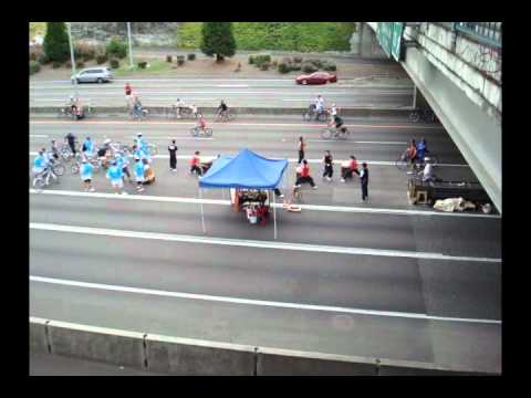 Taiko drummers on the I405 - clip 3
