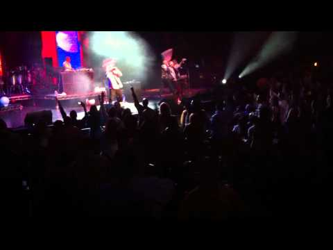 KILLPOP RECORDS Owner FRANKMUSIK Live W/ FAR EAST MOVEMENT - ROCKETEER ONEREPUBLIC