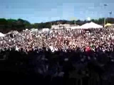 "Crowd during Punchline set yells ""YOUTUBE"""