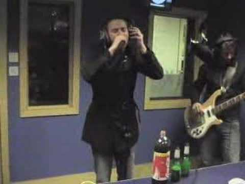 Puressence - Drop Down To Earth (XFM Manchester Session)