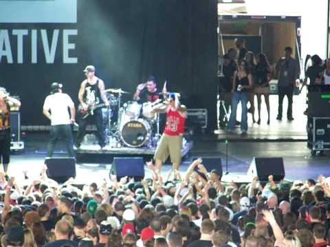 "Hollywood Undead ""NO.5"" Q101 Jamboree 2010"