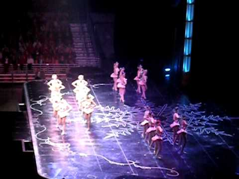ROCKETTES 12 Days of Christmas RADIO CITY MUSIC HALL CHRISTMAS SPECTACULAR 2009