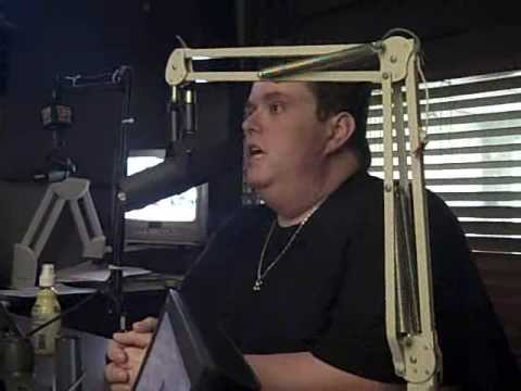 Ralphie May live in the 102.9 The Buzz studios